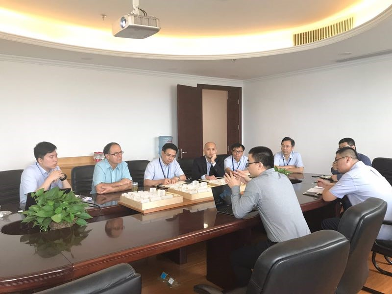 Professor Sam Hanash from MD Anderson Medical Center Visits Haixin Group