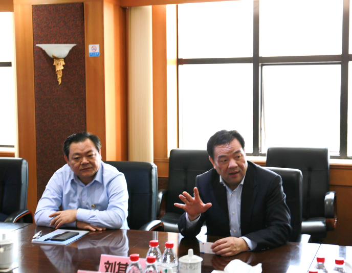 Liu Qilong, the deputy secretary of Songjiang district committee visited Haixin group for inspection and guidance